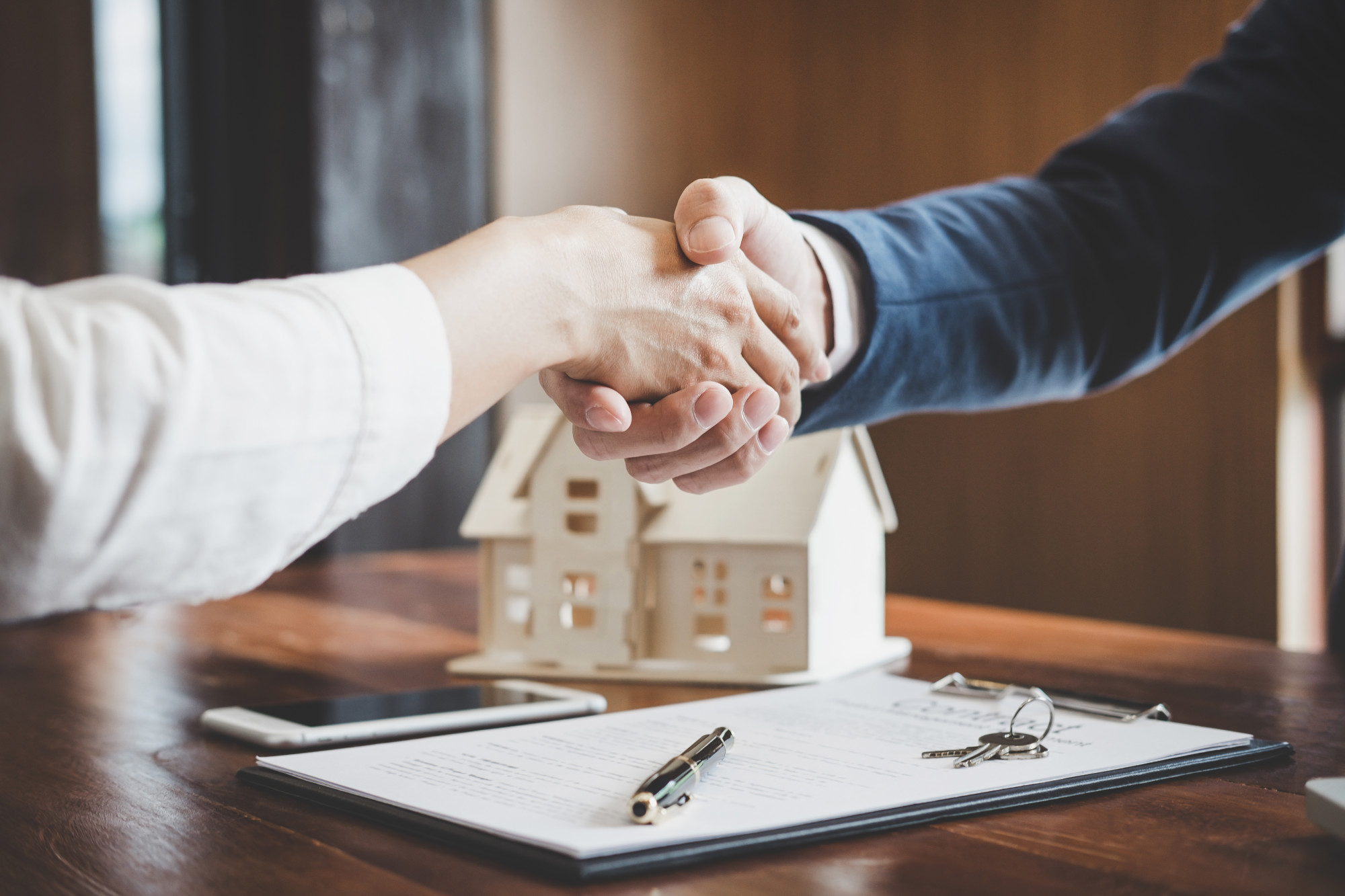What Happens on Closing Day? Everything That Home Buyers Can Expect