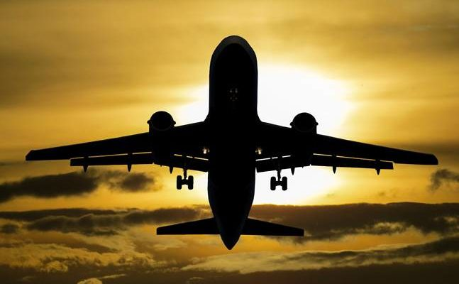 Finding the Best Price for Domestic Flights