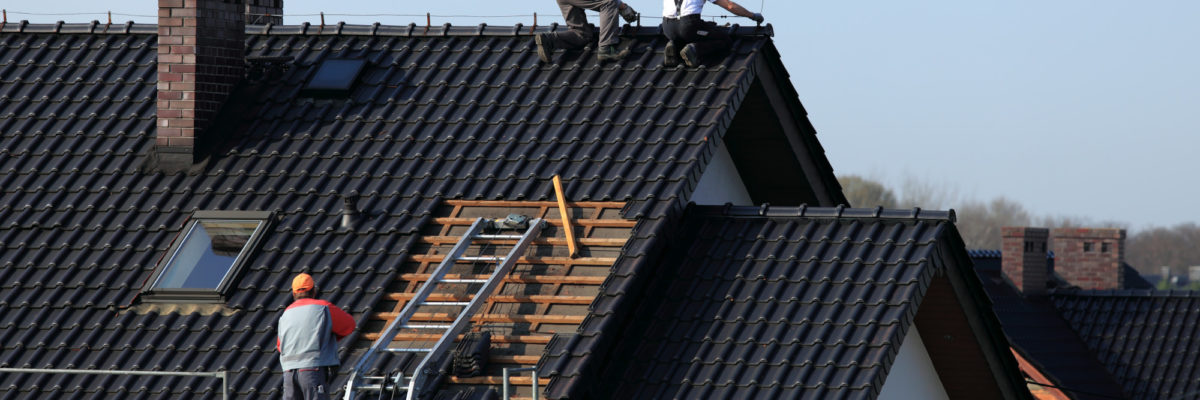 Replacing a Roof: Should I Be Home During Roof Replacement?