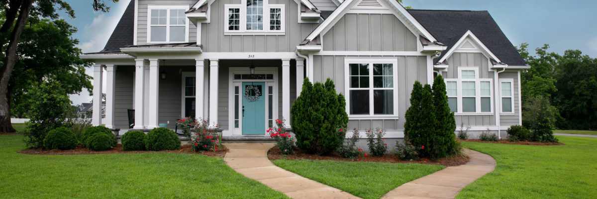 Home Exteriors: 4 Must-Know Tips for Improving Curb Appeal