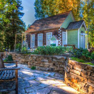 The Best Vintage Garden Decor Ideas