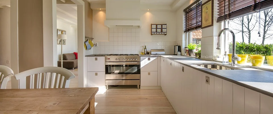 Old to Gold: 3 Tips to Restore Your Kitchen Without a Complete Make-Over